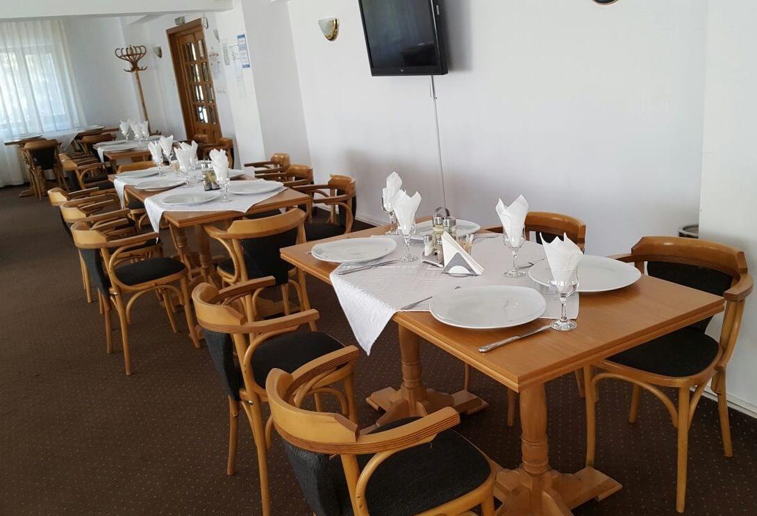 restaurant-hotel-cota-1000